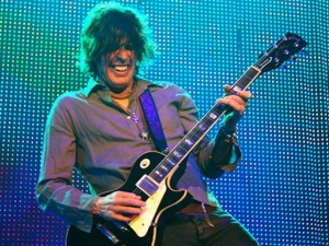 A Conversation With Dean Deleo of STP