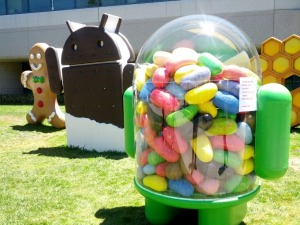 Apple, Android Users Like Default Browsers