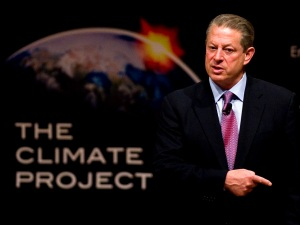 Al Gore Wants Your Facebook Account