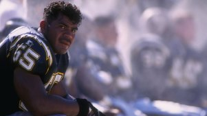 No Speech from Seau's Family at HOF: Report
