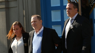 Top News Photos: Weinstein Arrested on Rape Charges