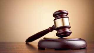 Candidate Barred From Bench Wins Judge Election in Ill.