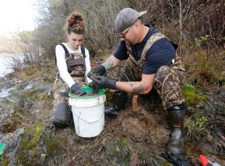 Dry Conditions Spur Mini Gold Rush in Sierra