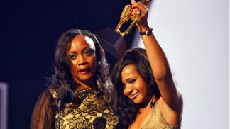 Stars Shine at 2012 Billboard Music Awards