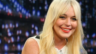 Lindsay Lohan Returns To SNL
