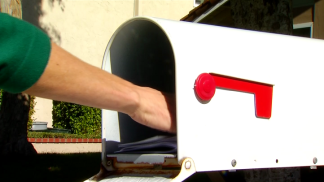 Thieves Target Mailboxes for Personal Info