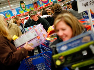 Dramatic Photos: Black Friday Frenzy