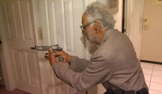 92-Year-Old WWII Vet Scares Off Ax-Carrying Burglar
