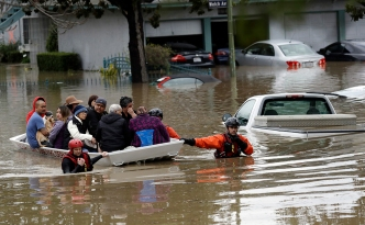 Thousands Evacuated as Floods Inundate San Jose