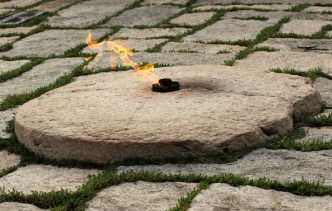 Eternal Flame Returns to JFK Gravesite