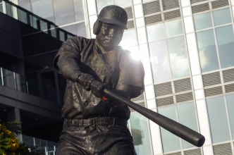 New Museum Lets Fans Honor Tony Gwynn