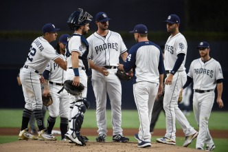 Padres Start Diamondbacks Series With a Loss