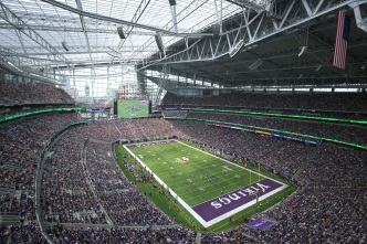 Chargers Lose in 1st Game at New Vikings Stadium