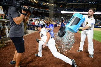 Hunter Renfroe Hits First Career Grand Slam in Victory Over Dodgers