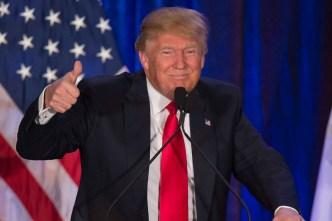 Trump Nabs 1st Endorsement From an Ex-Senator