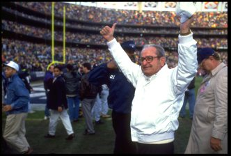 Chargers Owner Alex Spanos Dies at 95