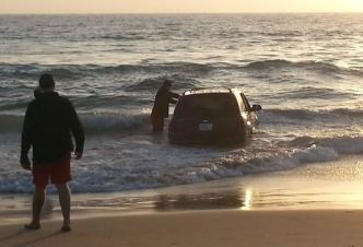 Lifeguards Remove Car in Ocean at Imperial Beach