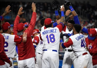 Dominican Republic Shuts Out Venezuela in Must-Win Game