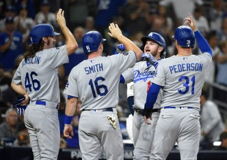 Dodgers Seal Home Field With Win Over Padres