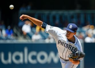 Quantrill Recovers From Rough Start, Padres Top Rays