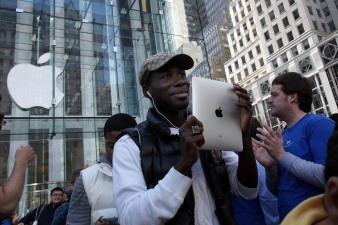 Apple Betting Tablet Boom Isn't Over