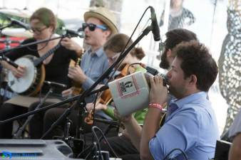 I'm with the G Burns Jug Band
