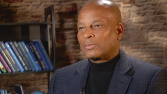 NFL Legend Ronnie Lott Working to Keep Raiders in Oakland