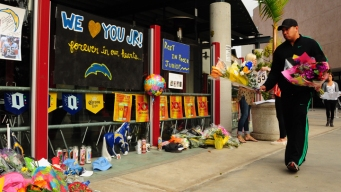 Fundraiser Held at Seau's Restaurant