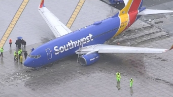 Southwest Plane Rolls Off End of Runway at California Airport