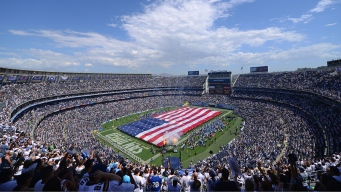 Chargers Staying at Qualcomm For Another Year