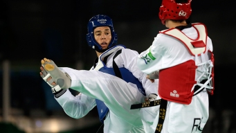 Taekwondo Star Lopez Falls in Quarterfinals