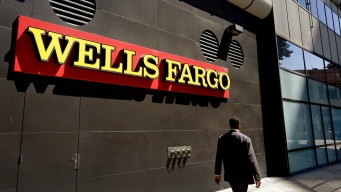 Wells Fargo CEO to Forfeit $41M Amid Review