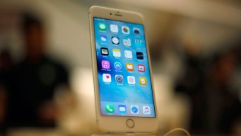 Apple Forecasts Rare Sales Drop After Setting iPhone Record