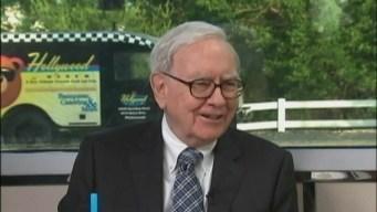 Warren Buffett Buys 1M Apple Shares