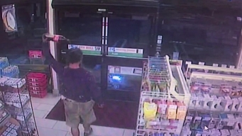 7-11 Surveillance: Suspect in Vista Confrontation Inside Store