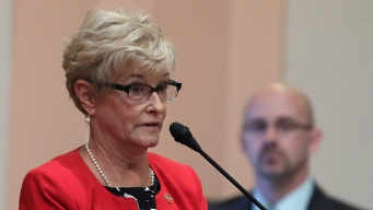 California Republican Sen. Sharon Runner Dies