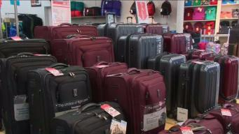 Choosing the Right Luggage for Summer Travel Season