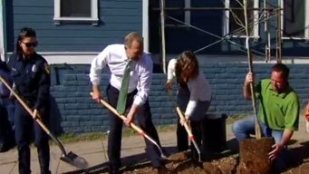 Mayor Kicks Off Project to Plant 500 Trees