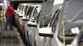 GM to Lay Off at Least 4K Workers Starting Monday