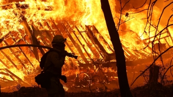 Sheltering in Place During a Wildfire Is a Dicey Strategy