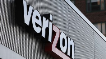 Verizon Considers Sale of Business Services, Data Storage Assets