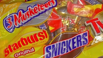 Kids Can Sell Halloween Candy to Donate to Troops