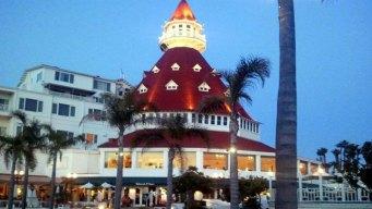 Experience the Hotel Del Coronado