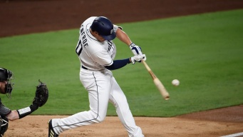 Renfroe Sets Padres Rookie Record with 3 Homers