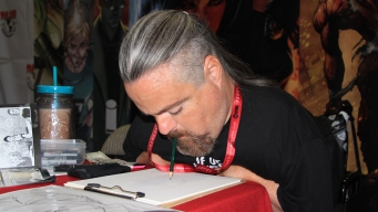 Comic-Con Artist Draws With Mouth