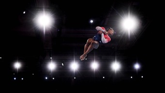 Biles Sets New Record as US Wins World Gymnastics Team Gold