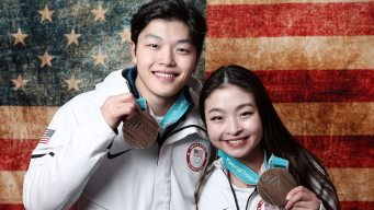 7 to Watch Sunday: ShibSibs, Bobsled and a Photo Finish