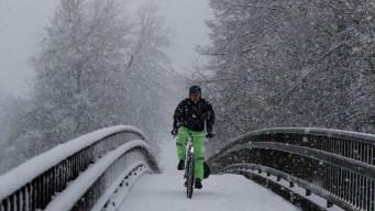 Snow Storm Wallops Seattle, People Rescued in Sierra Nevada