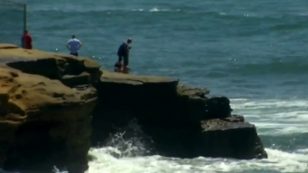 Man Dies After Jump From Sunset Cliffs