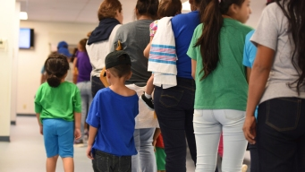 ICE Coerced Migrant Parents Into Leaving Kids: Complaint